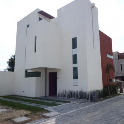 Casas en residencial Oasis ,Momoxpan | 7275 Bienes Raíces