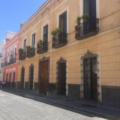 EL ZAGUAN DEPARTAMENTO DE LUJO AMUEBLADO 100% +