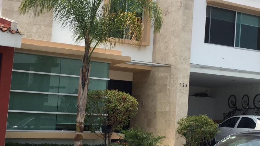 Casa en Venta, LOMAS DE ANGELOPOLIS CLUSTER 333 | Se encuentra ubicado en Angelópolis, Puebla | Vendo y Rento