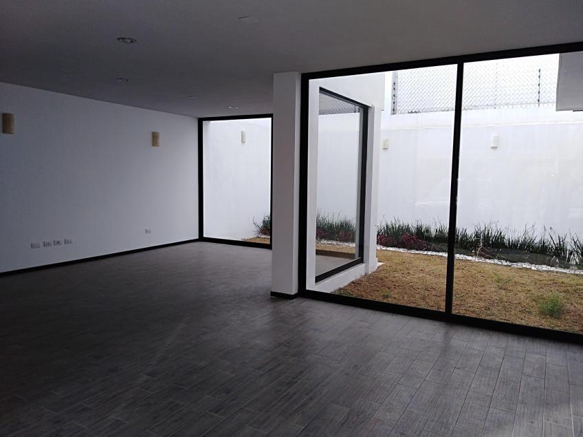 Casa en Venta, Residencial Zavaleta | Se encuentra ubicado en Camino Real a Cholula, Puebla | Vendo y Rento