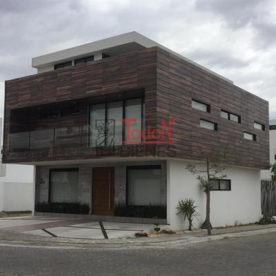 Nuevo León, Lomas de Angelópolis Cascatta (JM/NL-NL12)