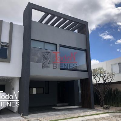Casa con 3-4 recámaras y doble terraza. Parque Baja California, Lomas de Angelópolis Cascatta (ED/BC