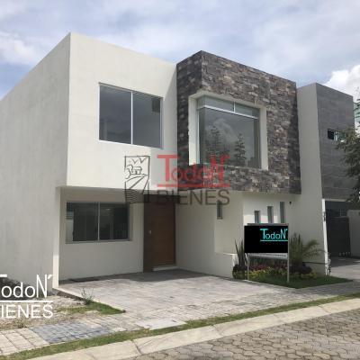 Venta de casa con amplias recámaras, Parque Lima, Lomas de Angelópolis (EM/L-N22)