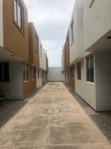 Casa en Renta, CUAUTLANCINGO - CONJUNTO CERRADO DE 8 CASAS ## | Se encuentra ubicado en Cuautlancingo, Puebla | Vendo y Rento