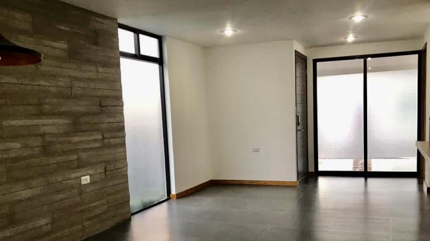Casa en Renta, CASA EN RENTA RESIDENCIAL MÓNACO II A UNA CUADRA DE EXPLANADA + | Se encuentra ubicado en santiago momoxpan, Puebla  | Vendo y Rento