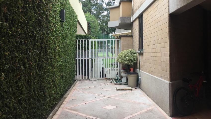 Casa en Renta, FRACC.LAS FUENTES + | Se encuentra ubicado en Club de Golf las Fuentes, Puebla,  | Vendo y Rento