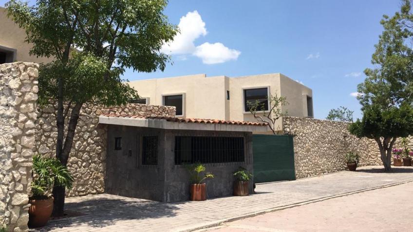 Casa en Venta, FRACC. PASEO DEL FRESNO ATRÁS DE PLAZA A SAN DIEGO + | Se encuentra ubicado en cuautlancingo , Puebla | Vendo y Rento