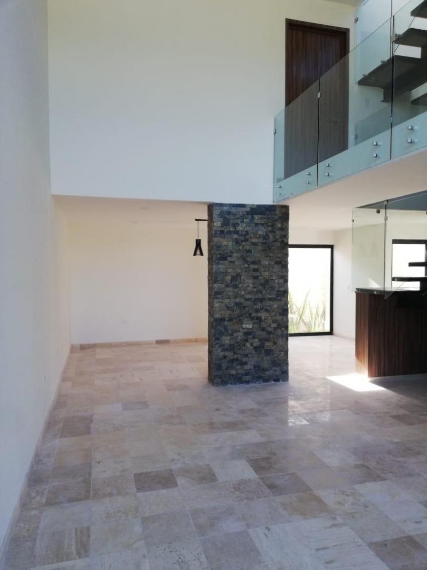 Casa en Venta, PARQUE CHIAPAS # | Se encuentra ubicado en Lomas de Angelópolis III, Puebla | Vendo y Rento