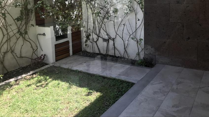 Casa en Venta, SANTO DOMIGO LOMAS ANGELÓPOLIS ZONA AZUL + | Se encuentra ubicado en Lomas de Angelopolis, Puebla | Vendo y Rento