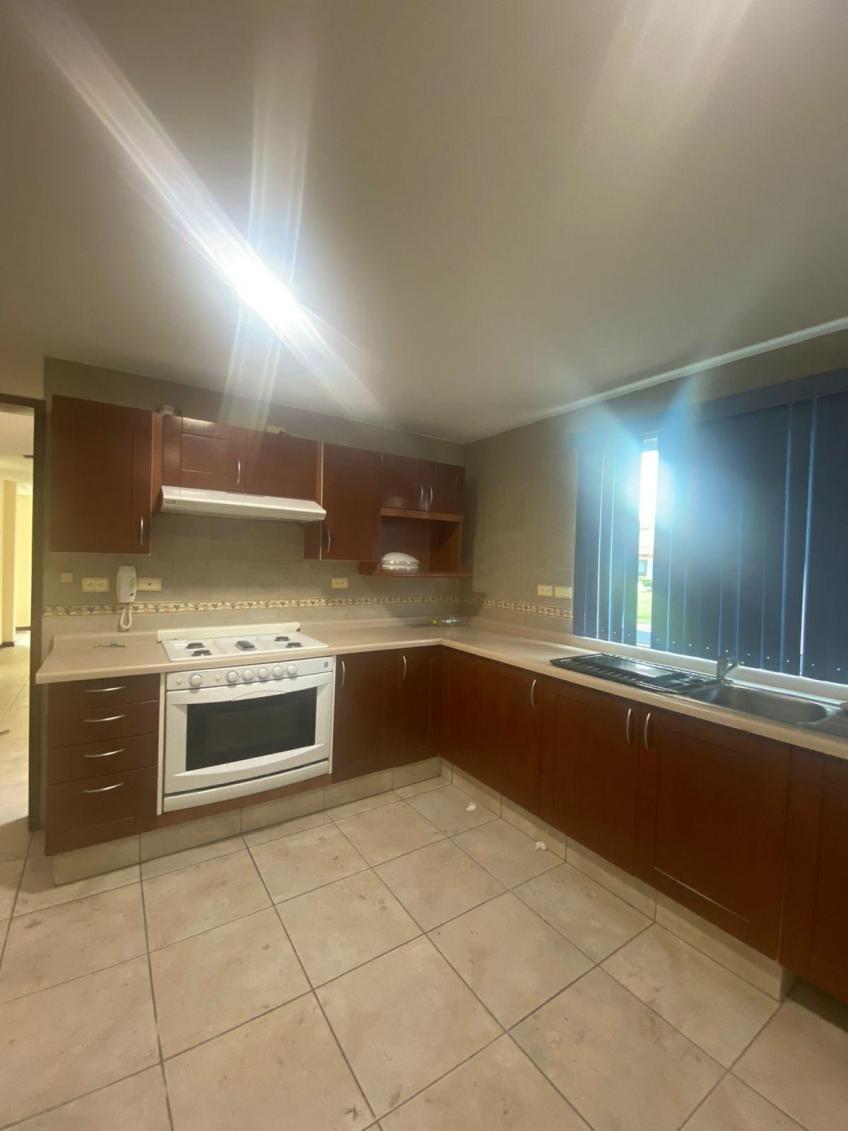 Casa en Venta, CASA EN RENTA, FRACC. ALTA VISTA # | Se encuentra ubicado en San Andres Cholula, Puebla | Vendo y Rento