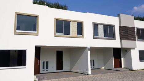 Casa en Renta, LA CARCAÑA - CAOBA RESIDENCIAL #   Se encuentra ubicado en San Pedro Cholula, La Carcaña, Puebla   Vendo y Rento
