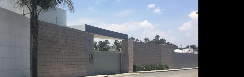 Casa en Venta, RESIDENCIAL CAOBA FORJADORES    Se encuentra ubicado en San Pedro Cholula, Puebla   Vendo y Rento