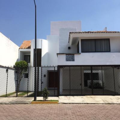 JARDINES DE ZAVALETA # | Vendo y Rento