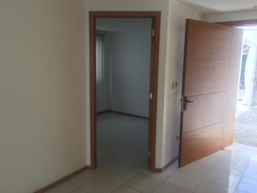 Casa en Venta, JARDINES DE ZAVALETA # | Se encuentra ubicado en Zavaleta, Puebla | Vendo y Rento